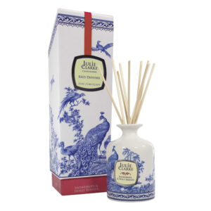 Julie Clarke Snowdrops & Holly Berries Diffuser